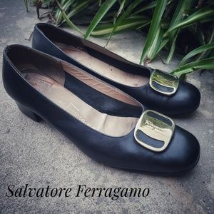 SALVATORE FERRAGAMO Black Buckle Heel Loafers 5.5